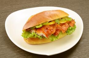 さんまフライトマトソースで★サンドイッチ